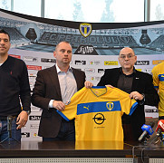 petrolul are sponsor pe tricouri