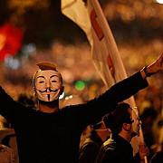 proteste violente la istanbul pentru apararea libertatii pe internet