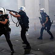 guvernul turc a dat afara 500 de politisti