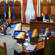 combaterea evaziunii fiscale si viitoarea misiune in afganistan pe agenda csat