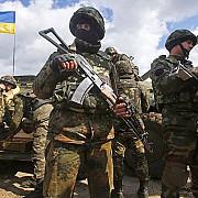 lupte grele in estul ucrainei sute de separatisti au murit