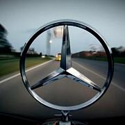 vanzare record de autovehicule pentru mercedes-benz
