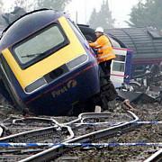 cel putin 80 de raniti in urma coliziunii a doua trenuri in africa de sud