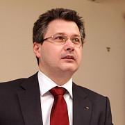 ministrul mihnea costoiu audiat de dna