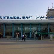 un atac al talibanilor asupra aeroportului din kabul a fost respins