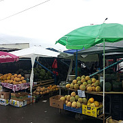 comerciantii de pepeni din centrul ploiestiului au fost mutati