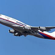 malaysian airlines ocoleste ucraina dar trece acum pe deasupra siriei