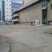 lucrarile pentru parcarea de la casa sindicatelor avanseaza fara muncitori si utilaje