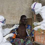 prima persoana repatriata in europa dupa ce s-a infectat cu ebola in africa a ajuns in spania