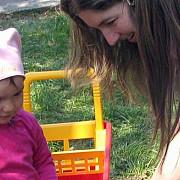 peste 3400 de copii adoptabili in romania la jumatatea lunii mai 2014