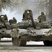 tancuri rusesti au trecut granita ucrainei