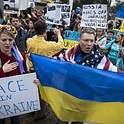 manifestanti ucraineni au blocat accesul in sediul ambasadei rusiei