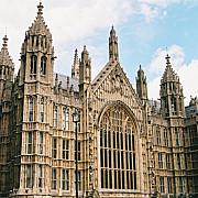 parlamentul britanic evacuat
