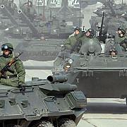 rusia a mobilizat din nou efective militare la frontiera cu ucraina