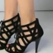 rusia un deputat vrea sa interzica pantofii cu toc inalt