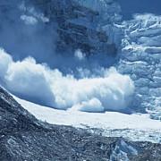 risc de producere a avalanselor in muntii fagaras