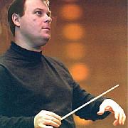 dirijorul radu postavaru noul director al filarmonicii paul constantinescu