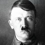 peste 2000 de carti despre hitler au fost publicate in germania in 2013