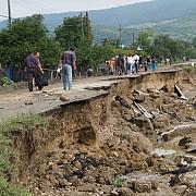 autoritatile prahovene solicita 264 milioane lei de la guvern din cauza alunecarilor