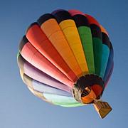trei persoane date disparute dupa ce un balon cu aer cald s-a prabusit