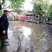 sinistratii din judetele afectate de inundatii vor primi gratuit combustibil din partea statului