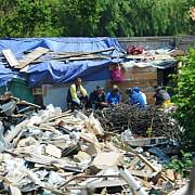 o tabara ilegala locuita de 800 de imigranti din asia si africa evacuata in nordul frantei