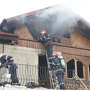 patru echipaje isu au intervenit la un incendiu in vestul ploiestiului