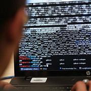 hackerul guccifer trimis in judecata in stare de arest preventiv
