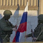 drapelul rus a fost arborat in 189 de unitati militare ucrainiene din crimeea