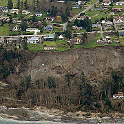 bilantul alunecarii de teren din statul washington a ajuns la 14 morti si 176 de disparuti