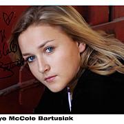 drama la hollywood actrita skye mccole bartusiak cunoscuta din filmul patriotul a murit la 21 de ani