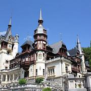 castelul peles inchis pentru curatenia generala