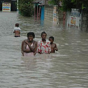 tragedie in haiti noua morti si mii de sinistrati in urma inundatiilor provocate de ploile torentiale
