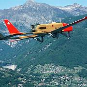 trei romani suspectati de infractiuni in elvetia identificati cu ajutorul unui avion militar fara pilot