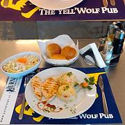 meniul zilei la yell wolf pub reteta ciorbei de fasole cu bacon