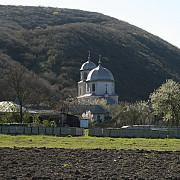 incendiu la manastirea vovidenia din judetul tulcea