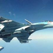 un avion de vanatoare rus s-a apropiat la o distanta neobisnuit de provocatoare de o aeronava suedeza