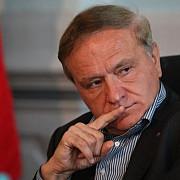 seful cj brasov aristotel cancescu acuzat de coruptie va fi cercetat sub control judiciar