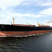 un cargobot rus cu sute de tone de carburant in deriva langa tarmul canadei