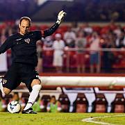 video portarul-golgeter loveste din nou a inscris cel de-al 123-lea gol din cariera