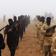 cate cinci britanici se alatura saptamanal gruparii statul islamic