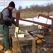 metode ingenioase pentru spart lemnele