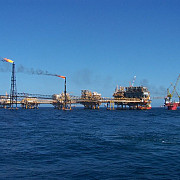 compania halliburton vrea sa exploateze petrol in marea neagra