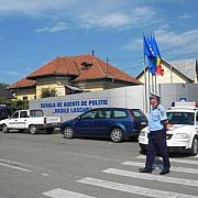 peste 2400 de candidati pentru admiterea la scoala de politie de la campina