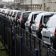 piata auto romaneasca inregistreaza a 14-a luna de crestere