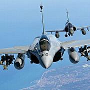franta a lansat primele lovituri aeriene impotriva jihadistilor din irak