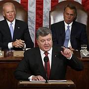 presedintele porosenko cere congresului american arme si un statut special