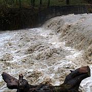 cod galben de inundatii in trei bazine hidrografice