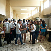peste 400 de tineri prahoveni au fost selectati pentru angajare