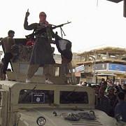 militantii al qaeda au atacat o inchisoare si au eliberat 300 de detinuti